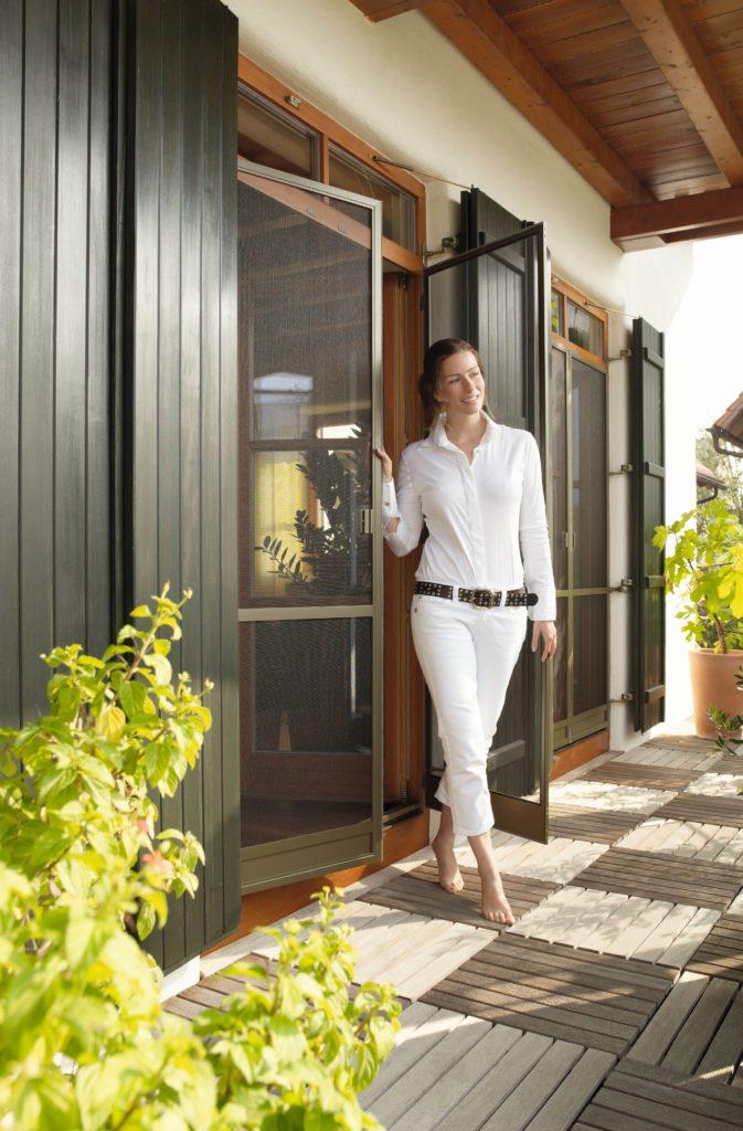insektenschutzgitter, spannrahmen, insektenschutz, fliegengitter, dachfenster, plissee